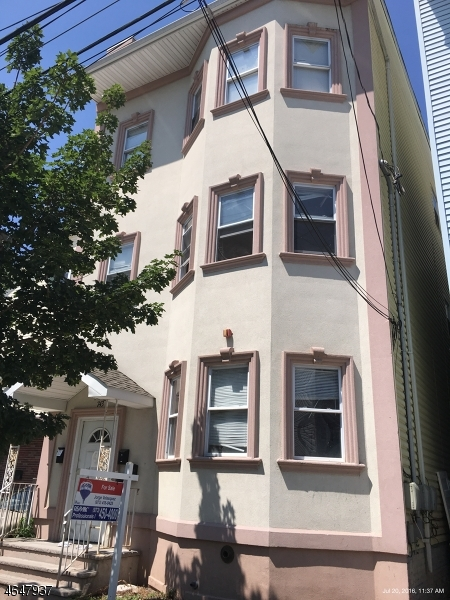 Additional photo for property listing at 743 S 12th Street  Newark, New Jersey 07103 United States
