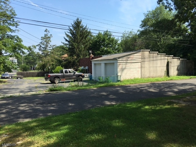 Частный односемейный дом для того Продажа на 5 Slocum Place Oakhurst, 07755 Соединенные Штаты
