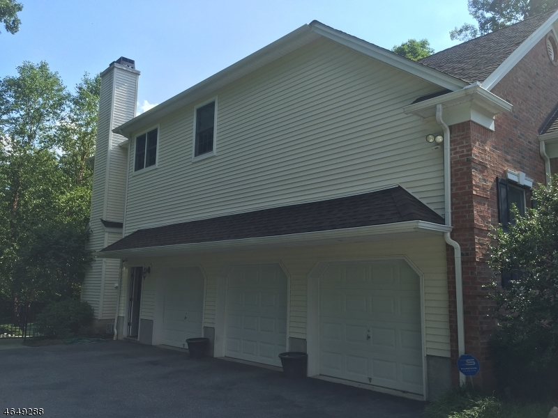 Additional photo for property listing at 79 Hearthstone Drive  West Milford, Nueva Jersey 07480 Estados Unidos
