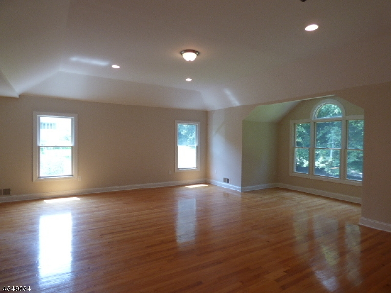 Additional photo for property listing at 24 Pleasant Hill Road  Chester, New Jersey 07930 États-Unis
