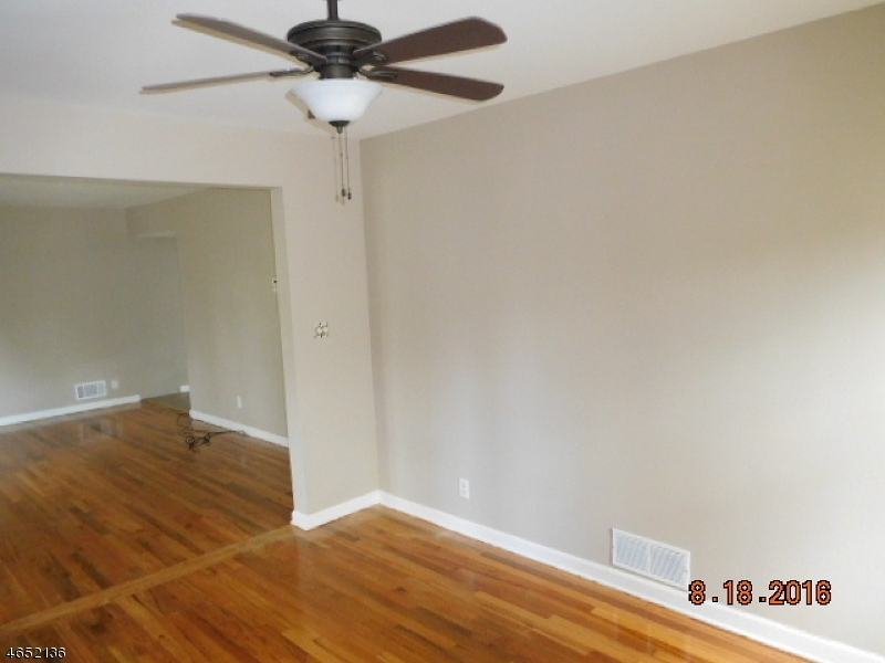 Additional photo for property listing at 427 Mount Prospect Avenue  Clifton, New Jersey 07012 United States