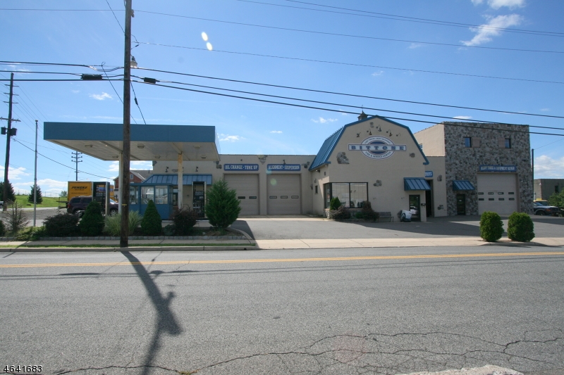 Commercial for Sale at 474 Center Street Phillipsburg, 08865 United States