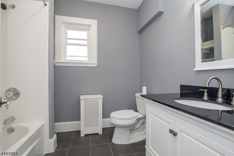 Additional photo for property listing at 7 Marion Terrace  Maplewood, New Jersey 07040 États-Unis