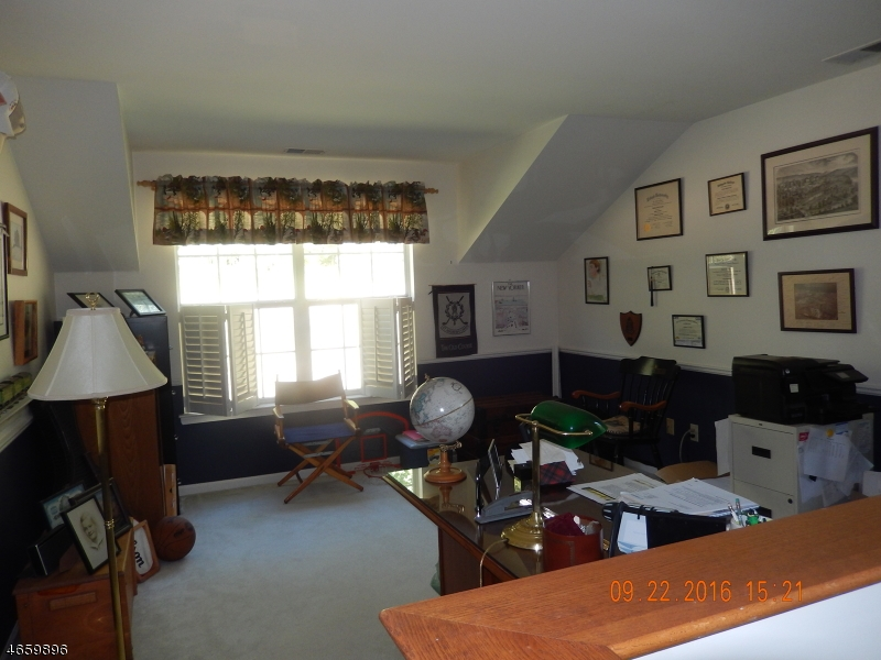Additional photo for property listing at 16 Artillery Park Road  Bedminster, Нью-Джерси 07921 Соединенные Штаты