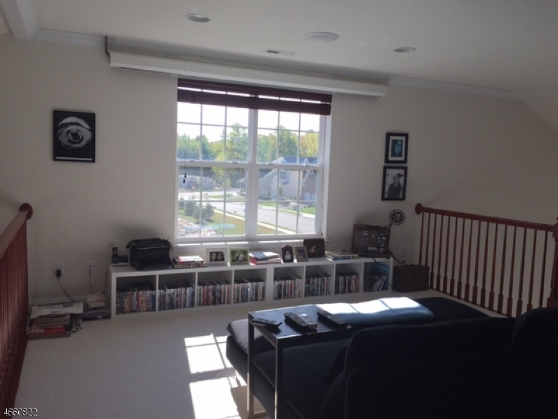 Additional photo for property listing at 109 Inverness Drive  Kendall Park, Нью-Джерси 08824 Соединенные Штаты
