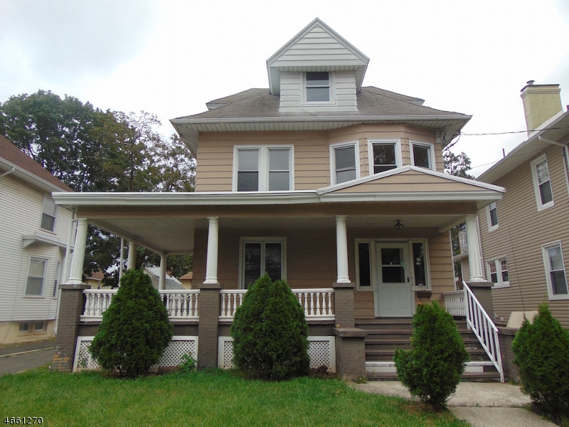 Additional photo for property listing at 216 Stiles  Elizabeth, New Jersey 07208 United States