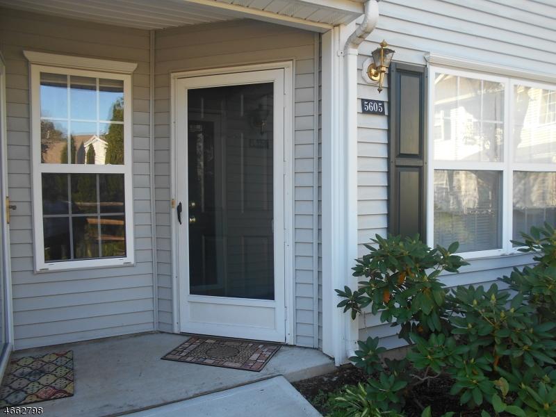 独户住宅 为 销售 在 5605 Tudor Drive Pompton Plains, 新泽西州 07444 美国
