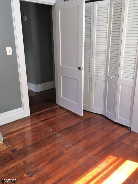 Additional photo for property listing at 1 Carteret Street  Bloomfield, Нью-Джерси 07003 Соединенные Штаты