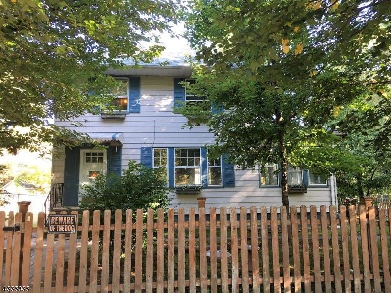 Частный односемейный дом для того Продажа на 1 Carteret Street Bloomfield, Нью-Джерси 07003 Соединенные Штаты