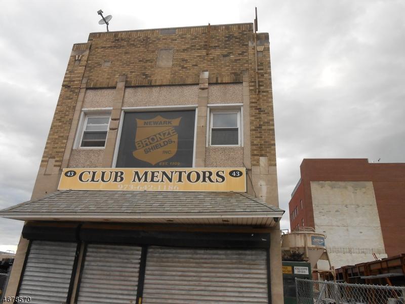 商用 為 出售 在 43 William Street Newark, 新澤西州 07102 美國