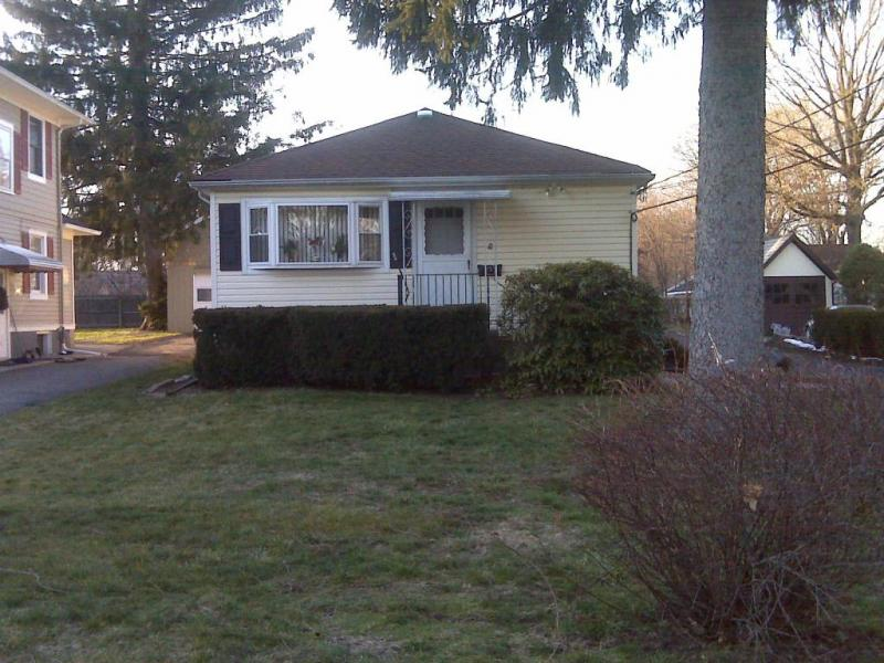 Single Family Home for Rent at 17 Hinchman Avenue Denville, New Jersey 07834 United States