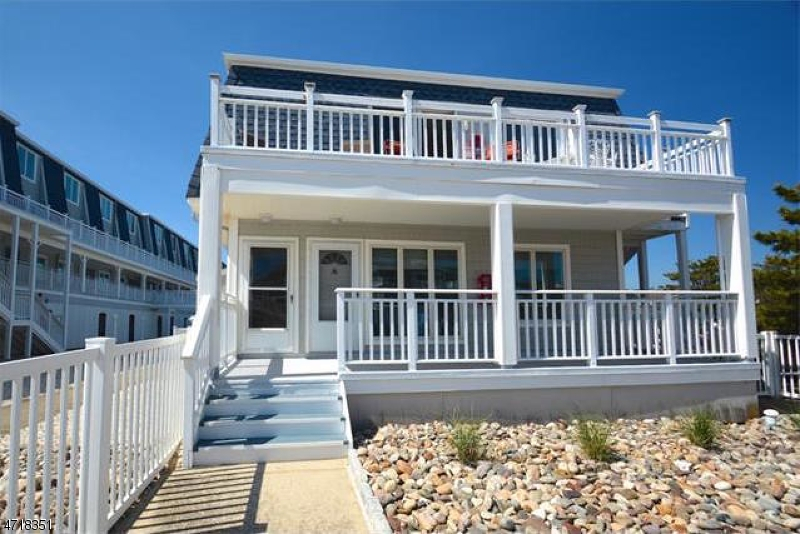 Maison unifamiliale pour l Vente à 16 2nd St, UNIT 25 Beach Haven, New Jersey 08008 États-Unis