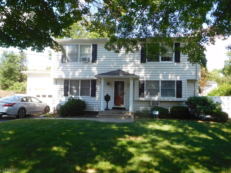 Single Family Home for Sale at 157 Marion Court Pompton Lakes, 07442 United States