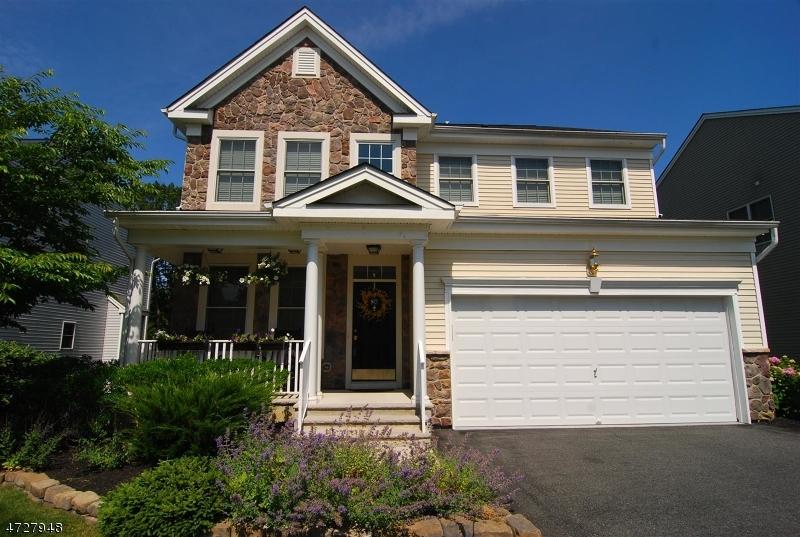 Частный односемейный дом для того Продажа на 80 Helms Mill Road Hackettstown, 07840 Соединенные Штаты