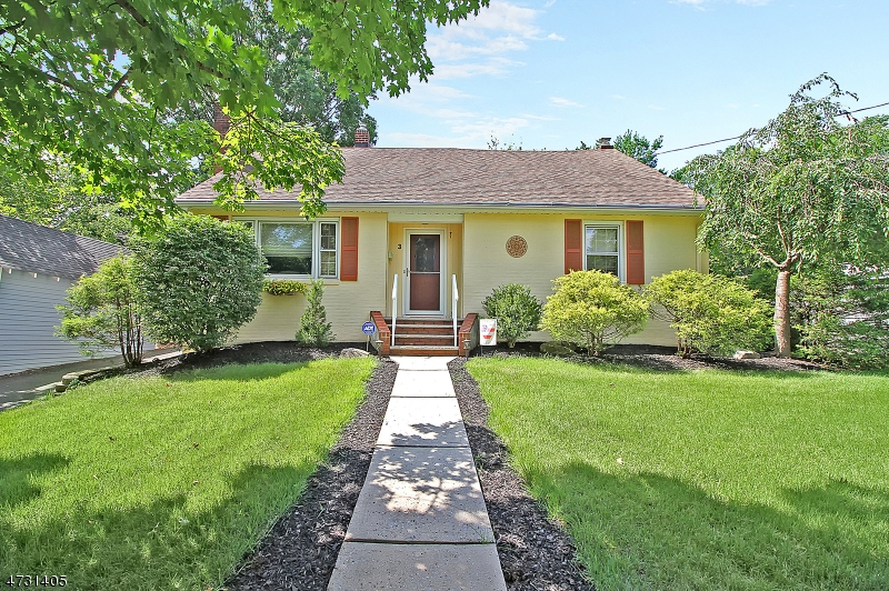 Single Family Home for Sale at 3 Prospect Street Somerville, New Jersey 08876 United States