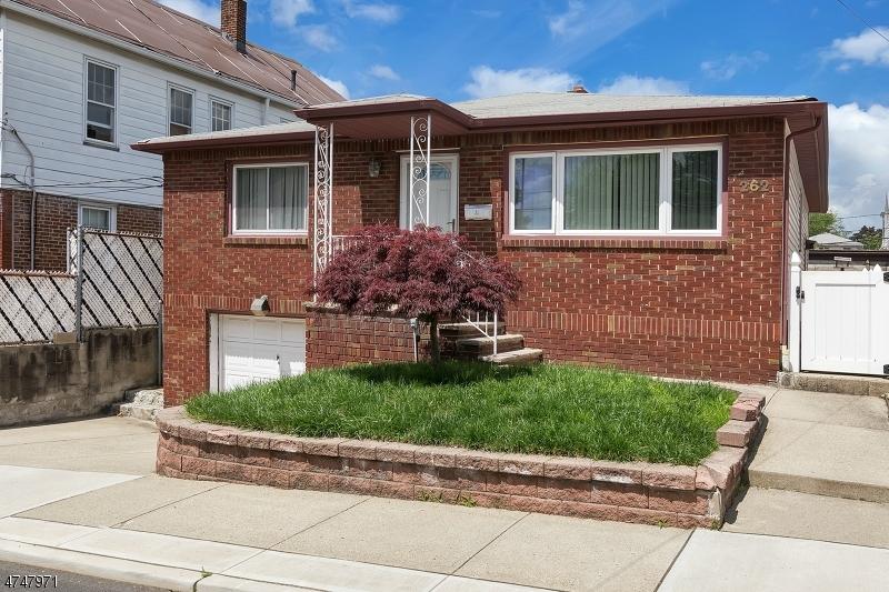 Casa Unifamiliar por un Venta en 262 Stover Avenue North Arlington, Nueva Jersey 07031 Estados Unidos