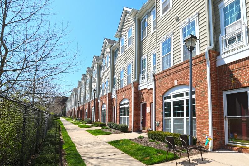Maison unifamiliale pour l à louer à 407 Deluca Road Belleville, New Jersey 07109 États-Unis