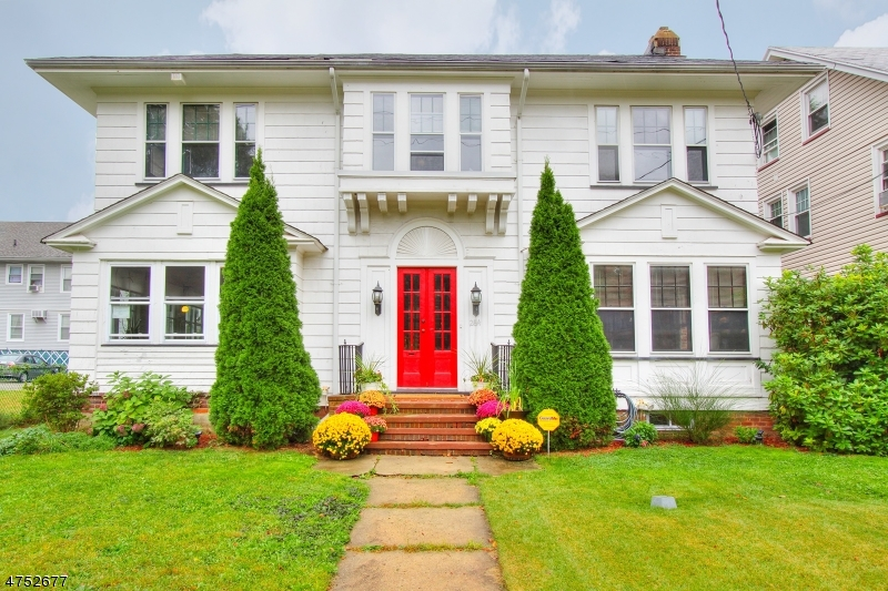 Single Family Home for Sale at 262-264 GRAFTON Avenue Newark, New Jersey 07104 United States