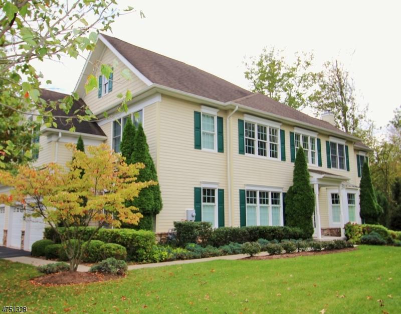 Casa Unifamiliar por un Alquiler en 2104 Farley Road Tewksbury Township, Nueva Jersey 08889 Estados Unidos