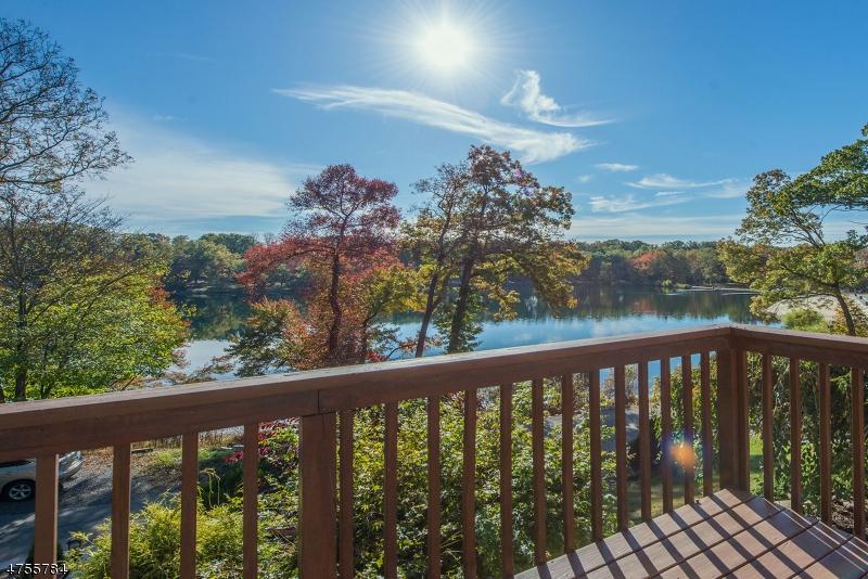 Casa Unifamiliar por un Alquiler en 25 LAKE ROAD Denville, Nueva Jersey 07834 Estados Unidos