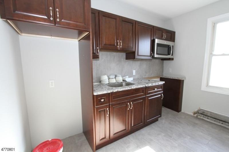 Maison unifamiliale pour l à louer à 43 Passaic Avenue Hawthorne, New Jersey 07506 États-Unis