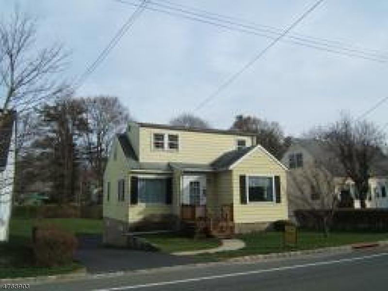 Einfamilienhaus für Verkauf beim 28 W End Avenue 28 W End Avenue Newton, New Jersey 07860 Vereinigte Staaten