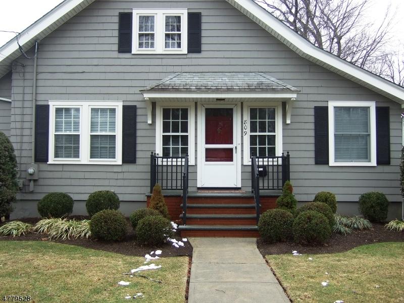 Maison unifamiliale pour l à louer à 809 North Ave W Westfield, New Jersey 07090 États-Unis
