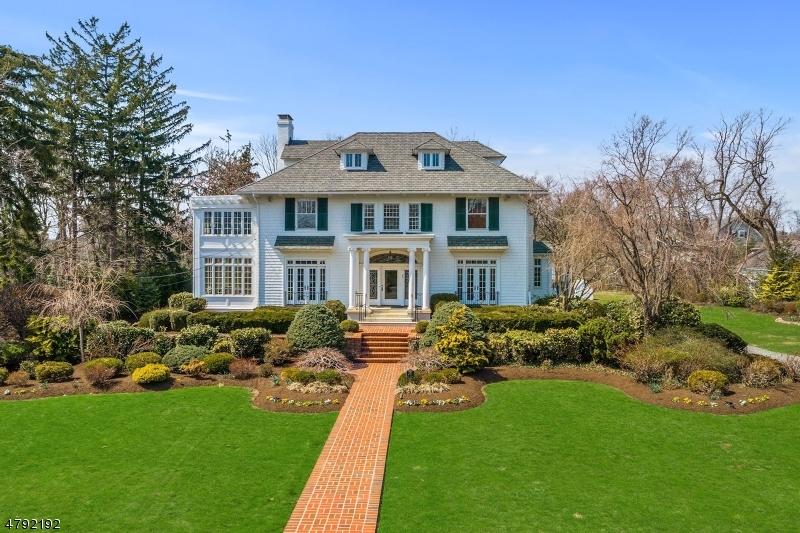Частный односемейный дом для того Аренда на 251 E Dudley Avenue Westfield, Нью-Джерси 07090 Соединенные Штаты
