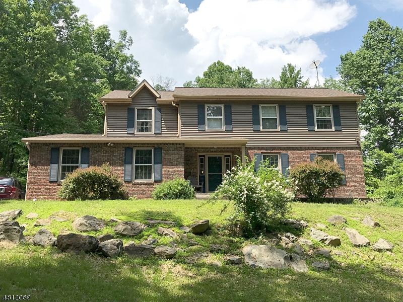 Частный односемейный дом для того Продажа на 83 MINE HILL Road Washington, Нью-Джерси 07882 Соединенные Штаты