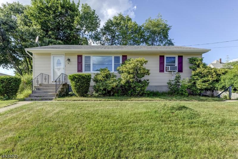 Property pour l Vente à 7 S 1ST Avenue Mine Hill, New Jersey 07803 États-Unis