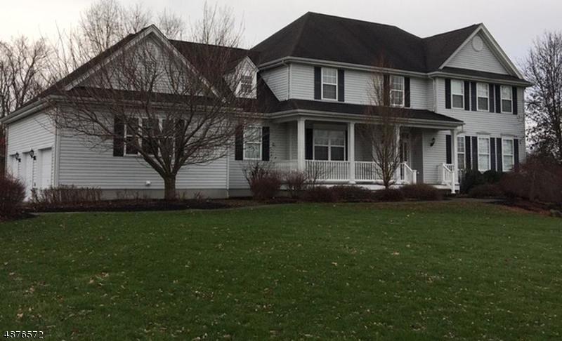 Частный односемейный дом для того Продажа на 29 MUSIC MOUNTAIN BLVD West Amwell, Нью-Джерси 08530 Соединенные Штаты