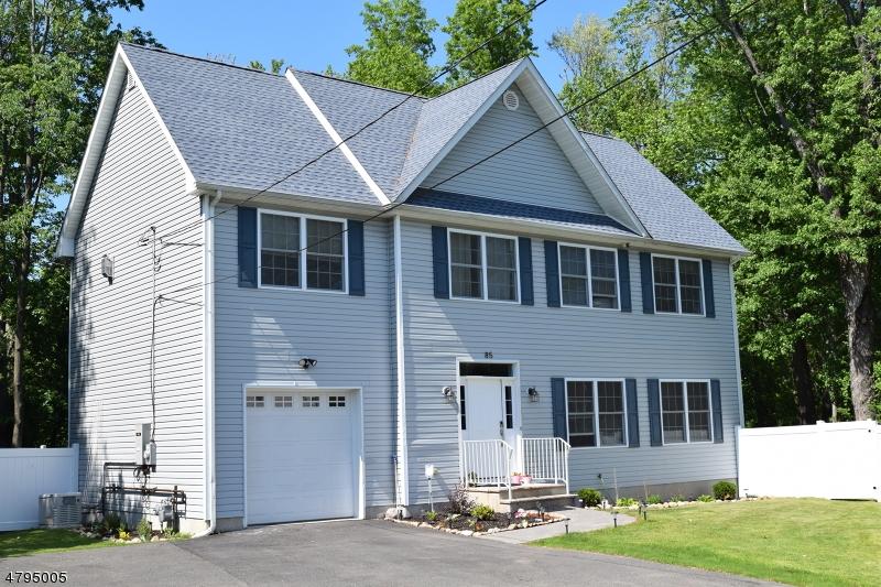 Villa per Vendita alle ore 85 E DEWEY Avenue Wharton, New Jersey 07885 Stati Uniti