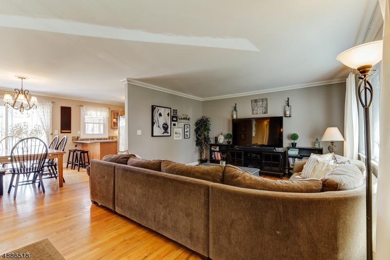 Villa per Vendita alle ore West Milford, New Jersey 07435 Stati Uniti