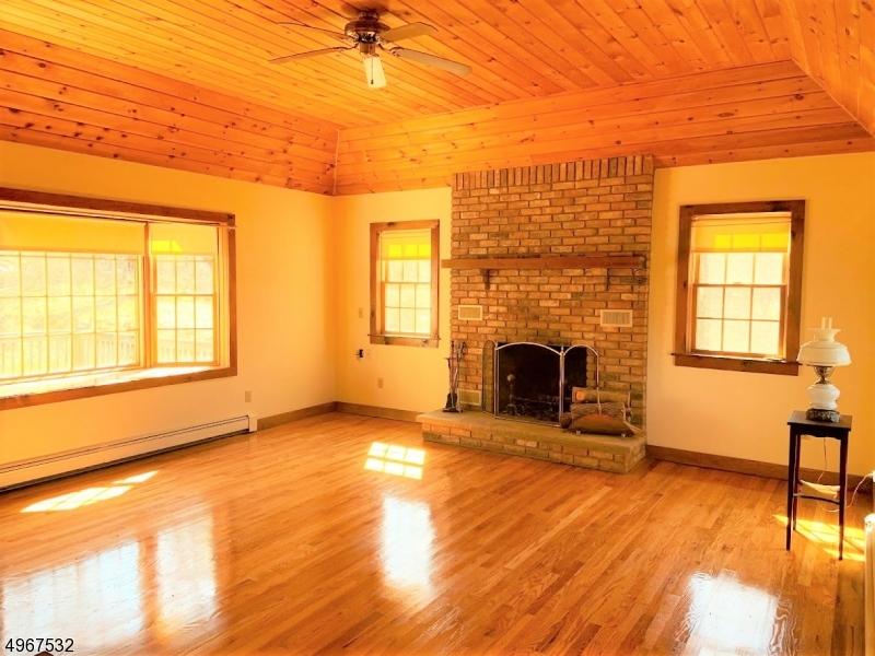 Single Family Homes por un Venta en Montague, Nueva Jersey 07827 Estados Unidos