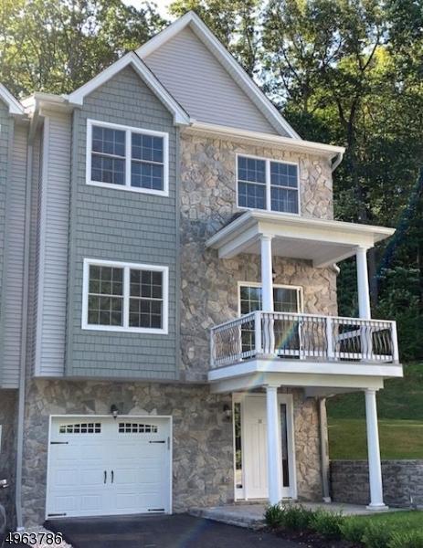 Condo / Casa geminada para Venda às Butler, Nova Jersey 07405 Estados Unidos