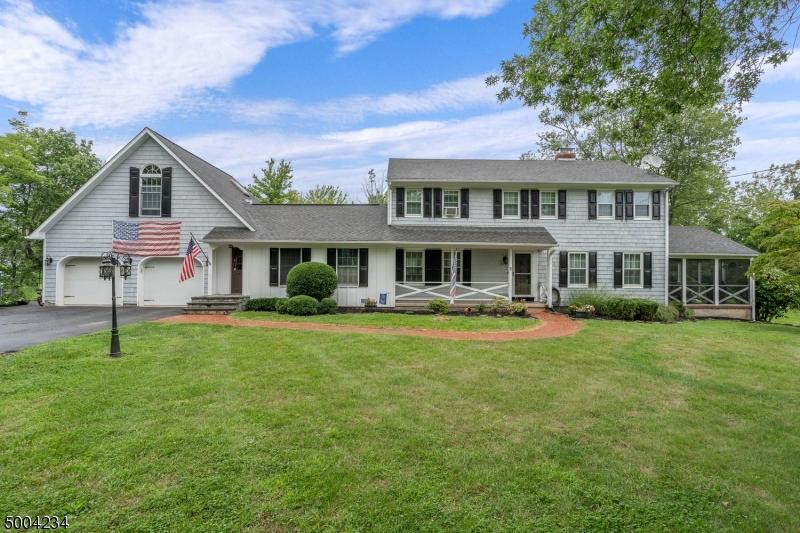 Single Family Homes για την Πώληση στο Raritan, Νιου Τζερσεϋ 08822 Ηνωμένες Πολιτείες