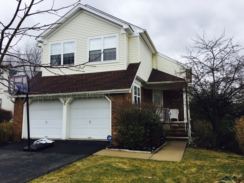 Single Family Home for Sale at 24 Bitter Root Trail Hamburg, New Jersey 07419 United States