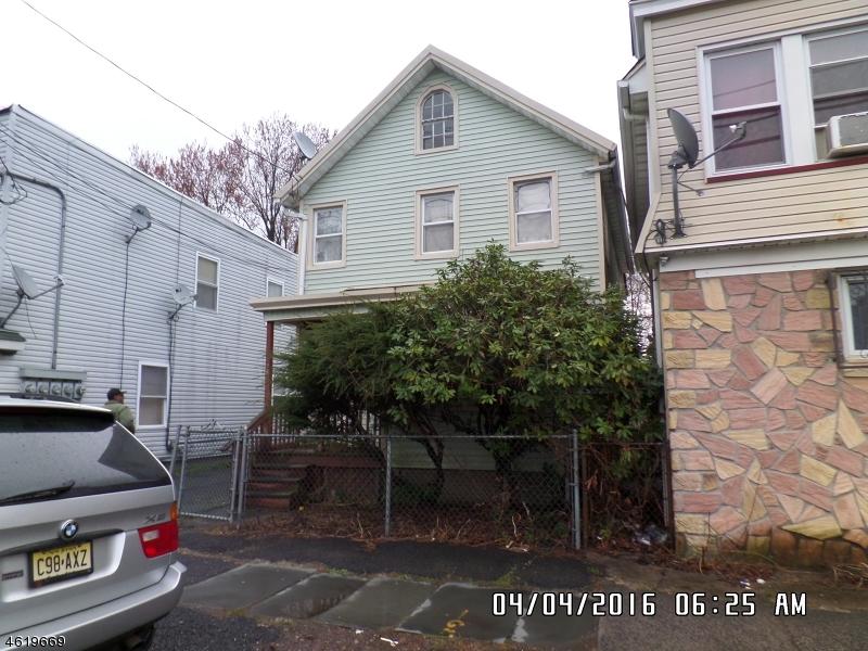 Частный односемейный дом для того Продажа на 428 Valley Street Orange, Нью-Джерси 07050 Соединенные Штаты