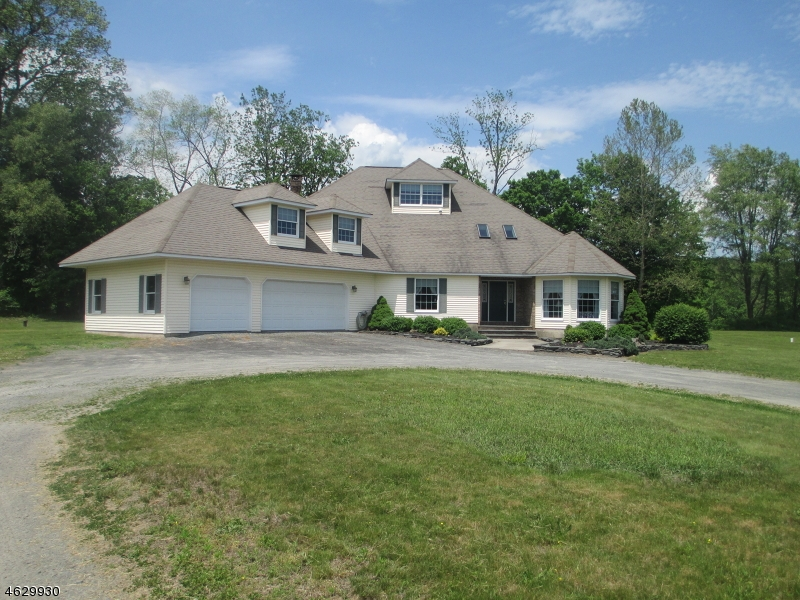 Maison unifamiliale pour l Vente à 134-F River Road Montague, New Jersey 07827 États-Unis