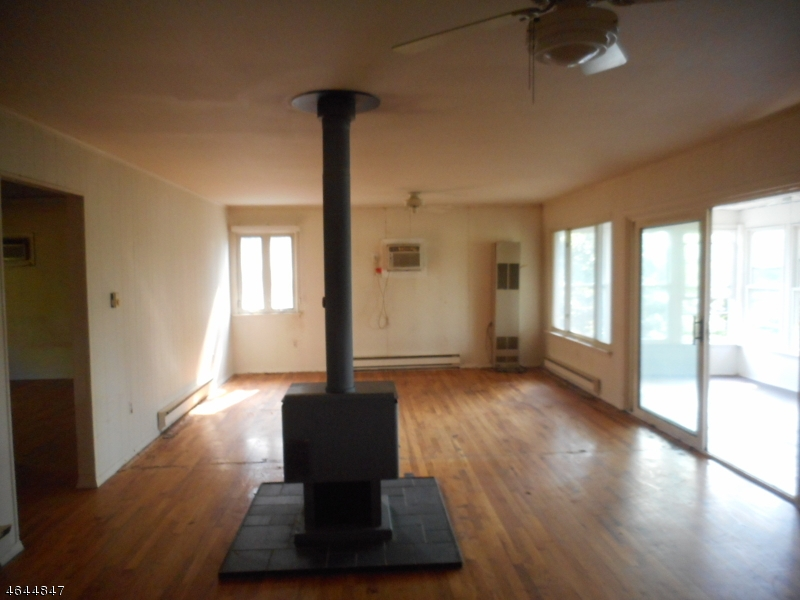 Additional photo for property listing at 376-C S LAKE SHR  Montague, New Jersey 07827 États-Unis