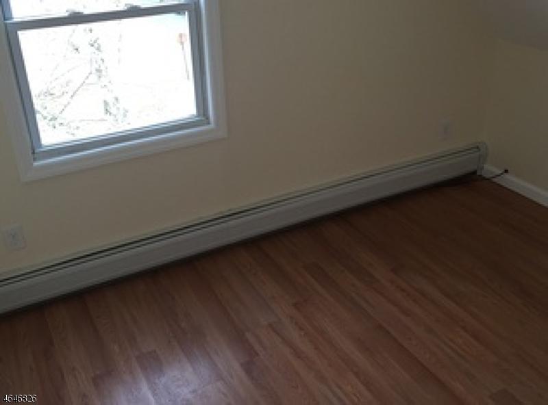 Additional photo for property listing at 151 William Street  East Orange, Нью-Джерси 07017 Соединенные Штаты