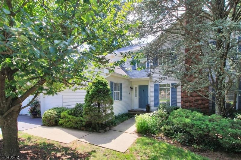Maison unifamiliale pour l Vente à 3 Tomahawk Drive Wayne, New Jersey 07470 États-Unis