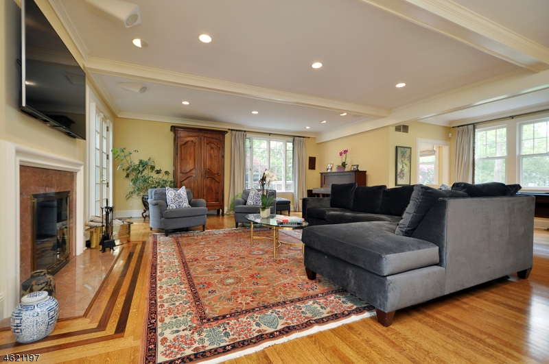 Additional photo for property listing at 25 Hillcrest Avenue  Summit, Nueva Jersey 07901 Estados Unidos