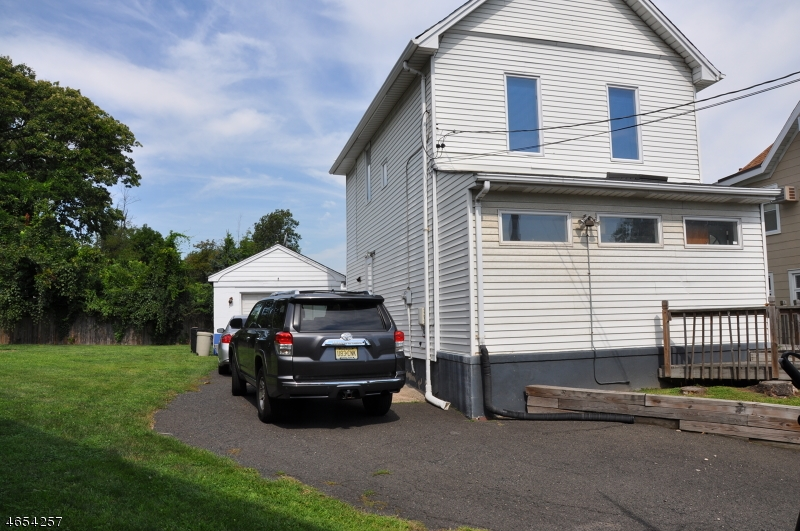 Additional photo for property listing at 303 Grant Avenue  Totowa Boro, 新泽西州 07512 美国