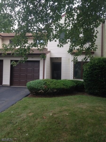 Additional photo for property listing at 75 Orange Drive  Marlboro, New Jersey 07746 États-Unis
