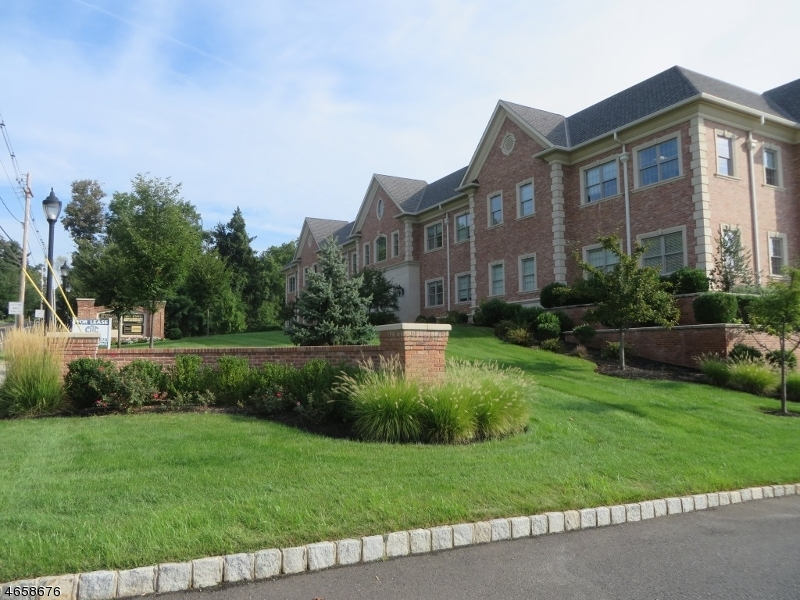 Additional photo for property listing at 58 Mount Bethel Road  Warren, New Jersey 07059 United States