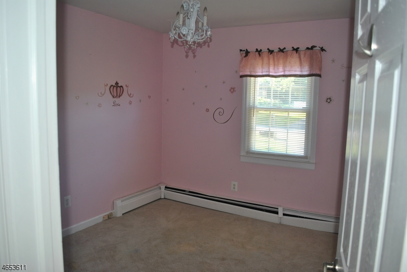 Additional photo for property listing at 6 TREFOIL Lane  Vernon, New Jersey 07462 États-Unis