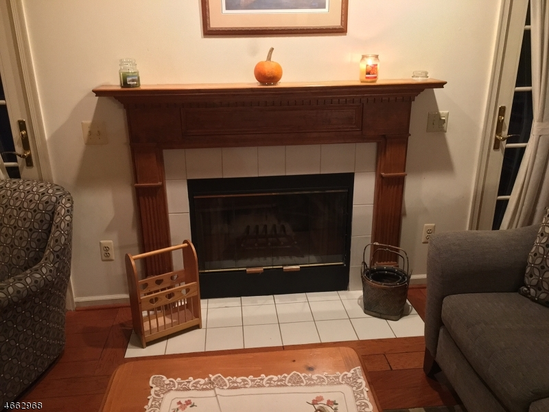 Additional photo for property listing at 48 Davenport Road  Montville, Нью-Джерси 07045 Соединенные Штаты