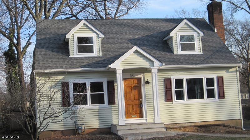 Single Family Home for Sale at 8 MacLennan Place Fanwood, New Jersey 07023 United States