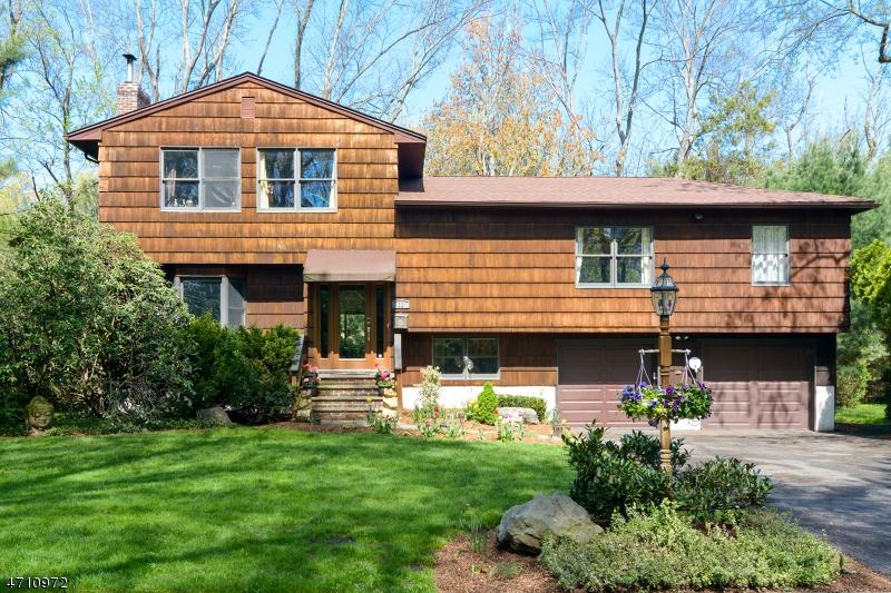 Casa Unifamiliar por un Venta en 11 Diamond Court Glen Rock, Nueva Jersey 07452 Estados Unidos